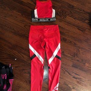 reebok set athletic wear